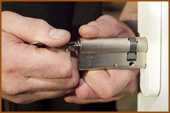 Interstate Locksmith Shop Pompano Beach, FL 954-283-5659